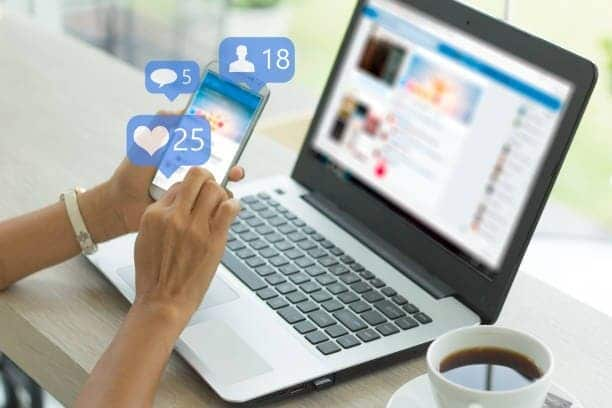 anuncios publicitarios en redes sociales